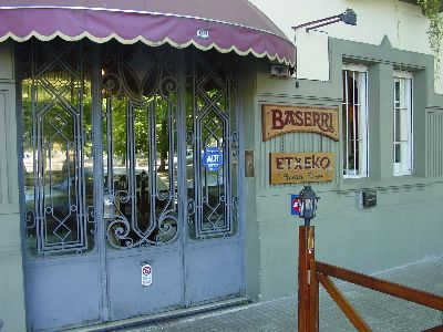 Montevideo Baserri Etxeko restaurant (photo EuskalKultura.com)