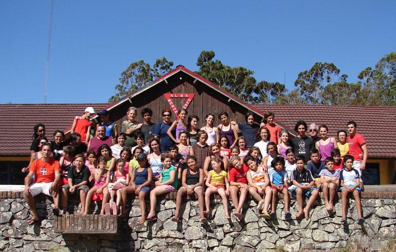 FIVUren 2009ko Udalekua, otsail honetan amaitu berria Artigas Kanpamentuan, Uruguaiko Colonia departamenduan (argazkiak FIVUk utziak)