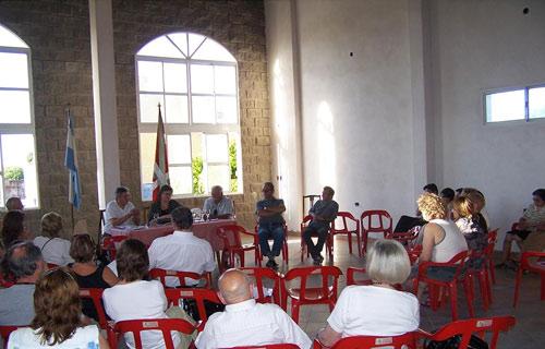 """Reunión de """"Nazio Eztabaidagunea-Foro de Debate de la Diáspora Vasca Americana"""" el pasado mes de octubre en José C. Paz"""