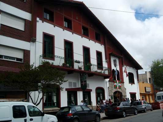 be7c5ff840 Sede del Centro Vasco Denak Bat de Mar del Plata