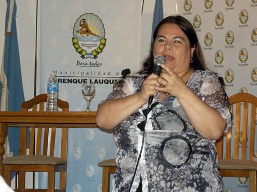 Laura Nobile de Abarrategui abenduaren 8an Trenque Lauquen-en, bertako euskal etxearen ardurapean emandako hitzaldiko irudia