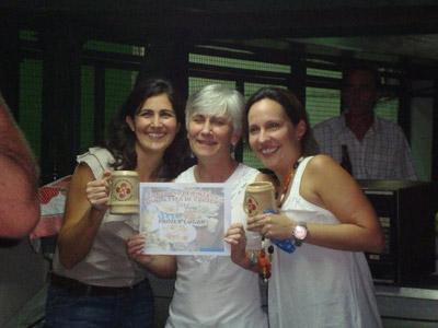 Irantzu Azpiritxaga, Maitane Azpiritxaga eta Michele Barriola izan ziren 2011ko Pintxo Lehiaketaren irabazleak (argazkia PArriaga)