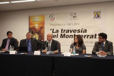 Panel de ponentes en la presentación del libro 'La travesía del Montserrat' en el Senado de México. El segundo por la izquierda es Juan San Mamés, sobrino del autor