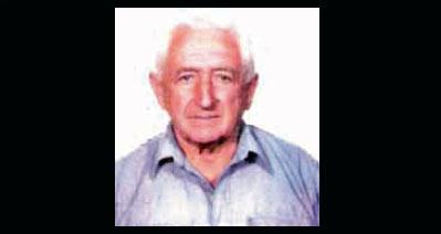Pierro Arotzarena, 1929ko urtarrilaren 11ean Bidarrain (Nafarroa Beherea) sortua, 2011eko uztailaren 10ean zendua Kaliforniako Bakersfield-en