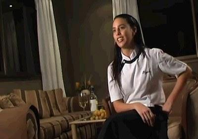 Itziar Aguirre euskal sukaldari rosariotarra bertako telebistako 'R20 Informativo Gastronómico' programako irudi batean