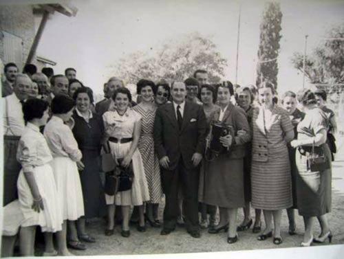 Jose Antonio Agirre lehendakariak 1955ean Chascomus eta bertako euskal etxea bisitatu zituenekoa (argazkia ZEEE)