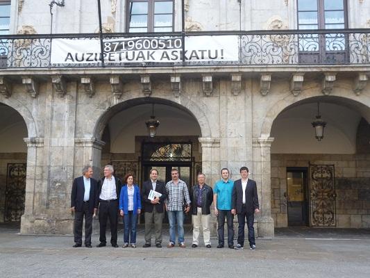Arrasateko Inazio Azkarragaurizar Larrea alkateak Argentinako ordezkaritza jaso zuen (argazkia Sunchaleseko Udala)