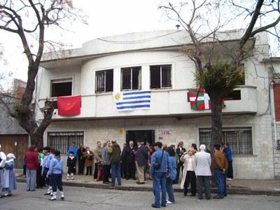 Montevideoko Centro Euskaro Euskal Etxea, elkartearen egoitzaren inaugurazio egunean