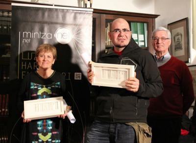 "Winners of the first two Mintznet prizes, Mariaje Barandiaran, for best ""Bidelagun,"" and Raul Alfaro as best ""Bidelari"" (photo Mintzanet)"