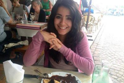 Vanessa Manjarrez euskal kaliforniarra, nafar jatorriduna, Parisen ari da ikasketak egiten