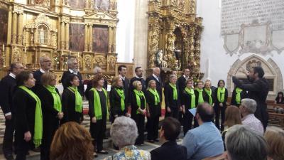 Gure Txoko Euskal Etxeko kantariak Toron egin zuten kantaldian (argazkia Valladolid EE)