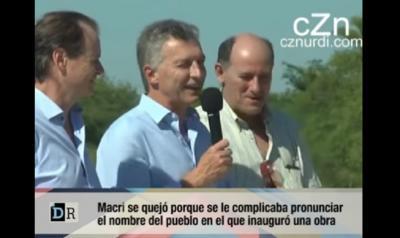Macri presidentea hizlari Urdinarrainen egin zuen inaugurazio ekitaldian
