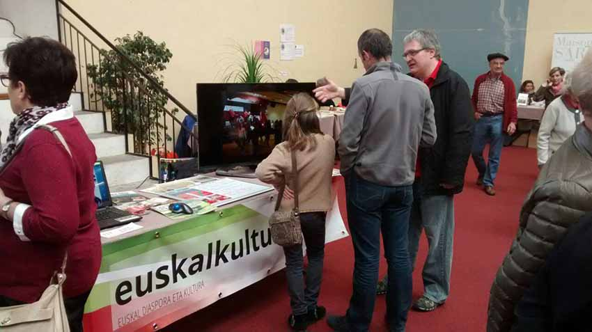 EuskalKultura.com's stand at the 34th Fair in Sara