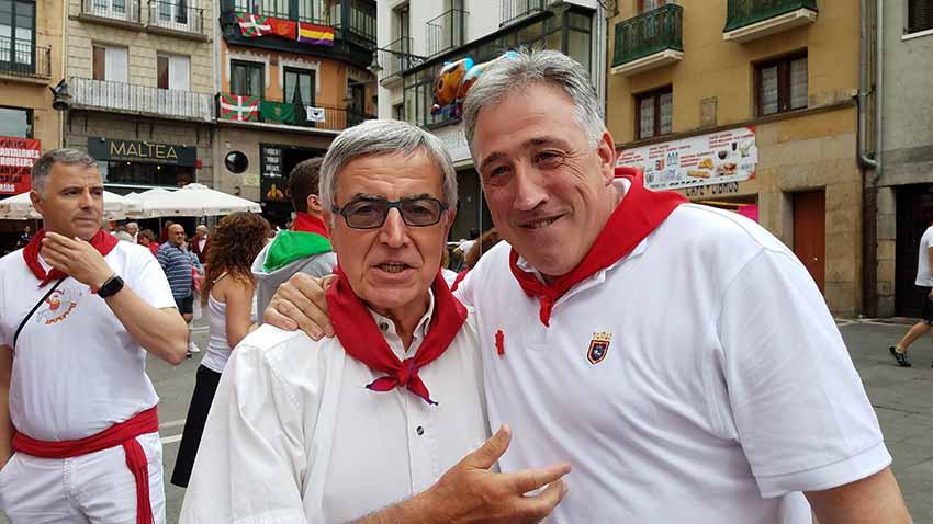 Michel Etcheverry y Joseba Asiron, alcalde de Iruña-Pamplona, en los pasados sanfermines
