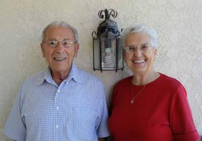 John and Grace Mainvil (2014).  Our sincerest condolences to John and his daughters Janice, Joanne, Louise and Linda and their families (photoEuskalKultura.com)