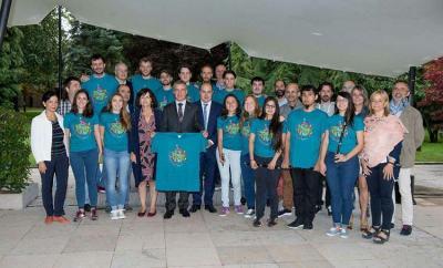 Participants in Gaztemundu 2017 when they visited Lehendakari Urkullu at Ajuria Enea (photoIrekia)