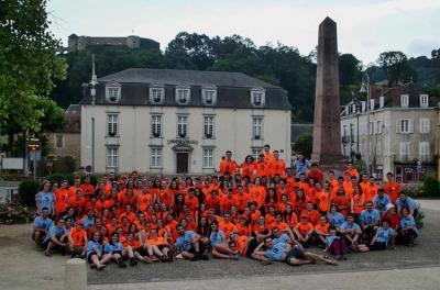 Participants in EuskarAbentura's first edition last year in Maule, Zuberoa getting ready to begin the adventure
