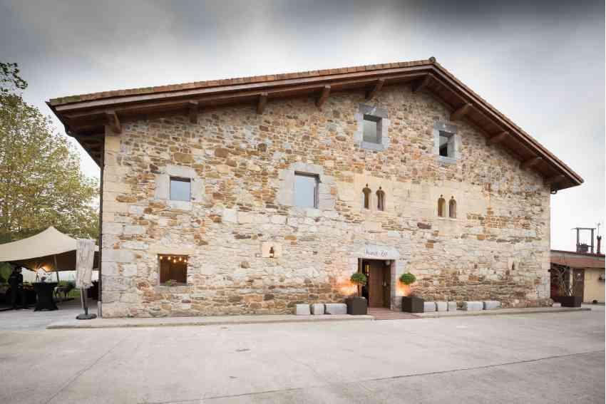 El caserío Unanue-Zar es sede del Hotel Heredad de Unanue, en Añorga, Donostia-San Sebastián