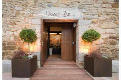 Entrada del Hotel Heredad de Unanue, en Errotazar Bidea 142 de Donostia-San Sebastián 20018