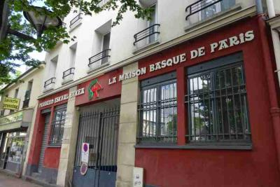 Pariseko Euskal Etxea, Saint-Ouen 93400, 59 Avenue Gabriel Péri helbidean dago